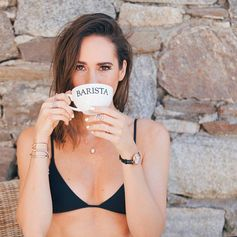 A cup of coffee with Louise Roe & off we go for another day of #FFIslandHopping (July 2016).