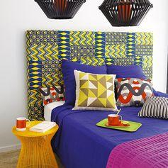 Tete de lit recouverte de tissus africains le wax