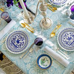 We're always on the lookout for table-setting inspiration…