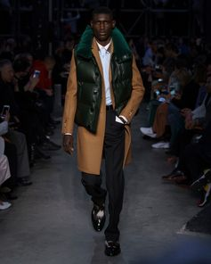 Look 63 from Tempest, #RiccardoTisci's #Burberry Autumn/Winter 2019 show