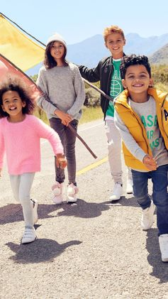 Ready for exciting escapades in soft layers, candy colours and cheerful details! | H&M Kids