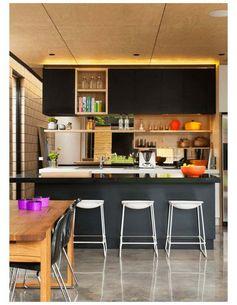 La cuisine bois et noir en 50 exemples de déco intrigants #La #cuisine #bois #et #noir #en #50 #exemples #de #déco #intrigants