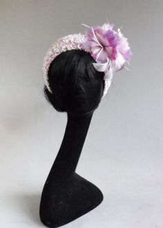 Made with passion multi lavender and pink colours and off white bouclé halo hat with ton sur ton fea