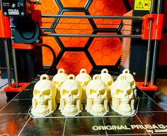 string of skulls halloween decoration #prusai3 #toysandgames
