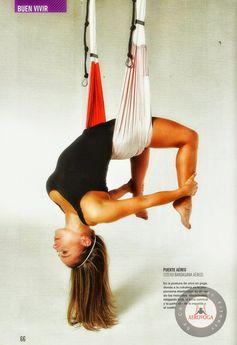 yoga aerien France  dans les airs Aerial Yoga US: The Benefits for Health in AeroYoga® Poses: Vaihayasa Chakrasana #aeropilates #aeroyoga #pilatesaerien #yogaaerien #stage #formation #yoga #pilates #fitness #rafaelmartinez #trapeze #trapecio #wellness #bienetre #bienestar #coaching #swign #harnais #balançoire #iogaaeri #yogadanslair #apesanteur