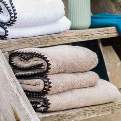 Serviette de toilette couleur lin collection Issey en coton éponge Harmony