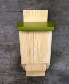This two chamber bat house by Artbirdfeeder, has a simple yet modern design that's made from pine wood.#BatHouse #BatBox