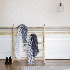 Porte-serviettes pliant en bambou 8 niveaux Tine K Home : Decoclico