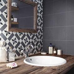 Carreau de ciment Belle époque noir, l.20.0 x L.20.0 cm #leroymerlin #carreauxdeciment #carrelage #salledebains #bathroom #ideedeco #madecoamoi