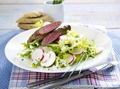 Lammfilet auf Frisee-Salat