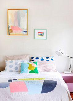 Aujourd'hui je vous emmène loin très loin, en Australie à Melbourne dans cette maison colorée. Nous sommes chez Leah,…