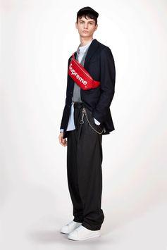 Louis Vuitton Men's Fall-Winter 2017 Collection by Kim Jones - Look 1