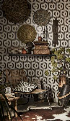 Une décoration marquée par la tendance Afrique Revisitée ! Mixez les matières, motifs et formes. #leroymerlin #tendance #afrique #coussin #motif #graphique #ideedeco #madecoamoi