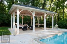 Winner of The 2010 Chrysalis Remodeling Award - The Porch Company