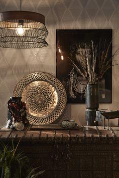 La Suspension Design Manam métal noir reflète bien la tendance Afrique Revisitée !   #leroymerlin #tendance #afrique #lustre #metal #ideedeco #madecoamoi