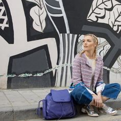 Fashion blogger & model, Antri Karantoni, pulling off a casual chic style with the Folli Follie backpack.