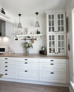"""IKEA kitchen !  <a href=""""/tag/behindabluedoor"""">#behindabluedoor</a>  <a href=""""/tag/kitchen"""">#kitchen</a>"""