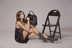 Stylish duo: model of the moment, Kaia Gerber and the iconic Fendi Peekaboo.