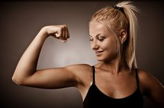 7 Day arm challenge - different exercises every day for a week, one commenter says she lost 1.5 inches in 2 weeks.