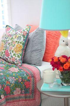 Tecidos, cores e estampas que encantam!