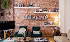 Salon Mur de briques rouge Ruben van Leer et Juliette Steven Amsterdam