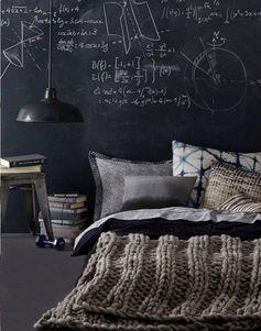 buenas noches.....................Y MUCHA SUERTE A LOS QUE ESTOS DÍAS HACEIS LA SELECTIVIDAD...................noches sin sueño persiguiendo sueños..................................