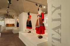 #1927ReturnToItaly - Room 3 from the new exhibition at the Ferragamo Museum in Florence.