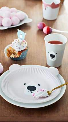 H&M HOME | It's all about the paper bear tableware! Shop cups, plates, cupcake toppers and more for a pawsitively bear-illiant kids' party theme.