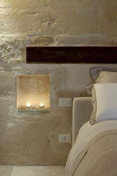 pierre apparente, parement mural en pierre, niche murale déco bougies