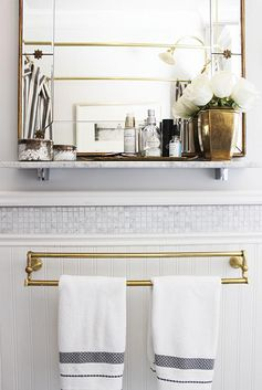 Love the tile above the beadboard and make this shelf!