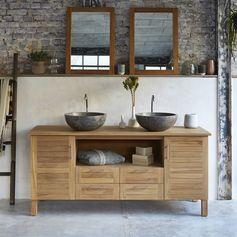 Sa teinte claire et son authenticité fait de ce meuble l'atout charme de votre salle de bain, grâce à son design élégant, elle saura embellir votre pièce et apporter une touche de modernité. #Tikamoon