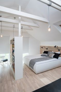 #Schlafzimmer in #weiß im #Dachgeschoss