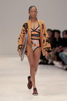 #EtroPacificZen Woman Spring Summer 2019 Fashion Show