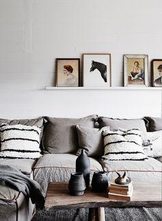 Petit coin de canapé comme une envie de se blottir dans les coussins