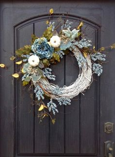 Comfy Thanksgiving Front Door Decor Ideas