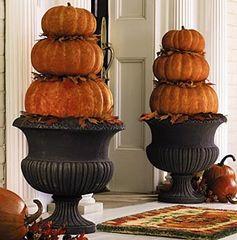 Cute Pumpkin Porch Decorations!
