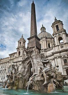 La fontana dei quattro fiumi a Piazza Navona Rome, Italy