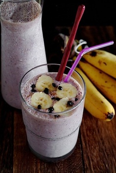 Blueberry Oatmeal Breakfast Supershake:       1/2 Cup Ice Cubes      2 Very Ripe Bananas      4 Ounces Fresh Blueberries      2 Tablespoons Peanut Butter      1/3 Cup Instant Oatmeal/rolled Oats    350-500 Milliliters Milk      2 Scoops Mixed Berry Ice Cream (optional)    2 Tablespoons Honey (optional)