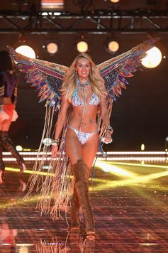 The Looks We Loved From the 2015 Victoria's Secret Fashion Show | Candice Swanepoel