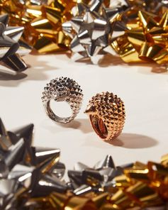 For the woman who has everything except an 18k gold hedgehog ring (his name is Hans) 🎁 Perfect gift. Found.