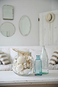 salon avec décoration bord de mer