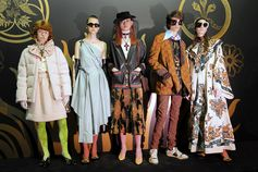 Looks from Gucci Cruise 2019 featured ornate decoration influenced by religious vestments, rich materials and fabrics. A men's crewneck knit featured a jacquard parrot inspired by a design from the Richard Ginori Volière porcelain collection. As former creative director of Manifattura Richard Ginori, Alessandro Michele embellished the Volière collection with XIX century ornithology illustrations of birds.