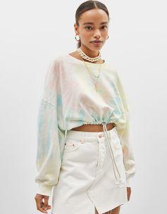 Tie-dye sweatshirt | Bershka  #newin #trend #trendy #cool #fashion #outfit #ideas #inspiration #look #woman #mujer #new #in #bershka #bershkacollection #moda #tiedye #desteñido #tendencia #trend