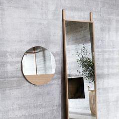Miroir rond en chêne Hübsch