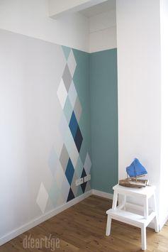 dieartigeBLOG - Wandgestaltung, Rauten in Blau- und Grautönen ...repinned für Gewinner!  - jetzt gratis Erfolgsratgeber sichern www.ratsucher.de