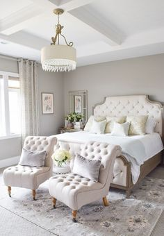 In this article, we are giving you some wonderful master bedroom decor ideas that you will definitely find useful. So take a fast look at these eight steal
