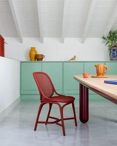 Expormim, Frames – La famille s'agrandit avec de nouvelles assises. En rotin. Design Jaime Hayon. ©Expormim