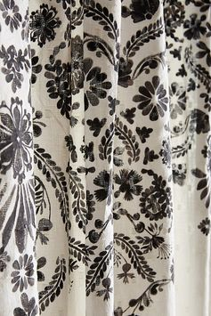 Slide View: 2: Oakbrook Shower Curtain