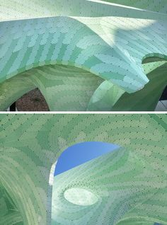 The hollow-bodied structure of the 'Zephyr Pavilion' by MARC FORNES / THEVERYMANY, is made from two layers of 3mm aluminum, with a linear cut distance of 7,400 meters. #Art #Sculpture #PublicArt #PublicSculpture #Design