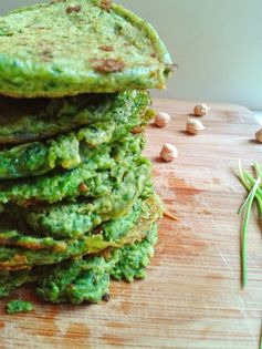 Healthy Toddler Meals: Saint Patrick's Day Pancakes